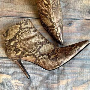 Steve Madden Gold Snakeskin Leather Boots Size 8